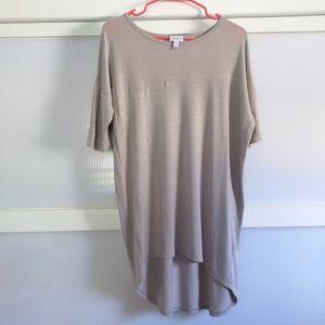 Lularoe Gray Shirt XS Irma High Low Short Sleev